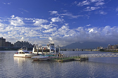 9/30 Dadaocheng Wharf (Locar XD) Tags: dadaocheng wharf sunset black card cpl nd8 canon eos 30d t124      locar