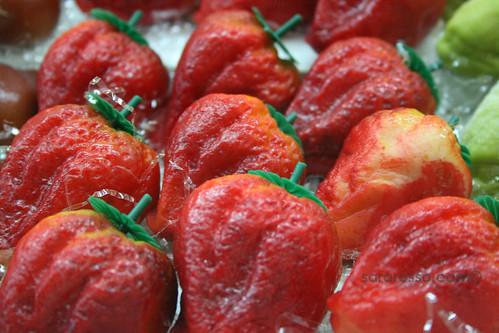 Frutta martorana, strawberry