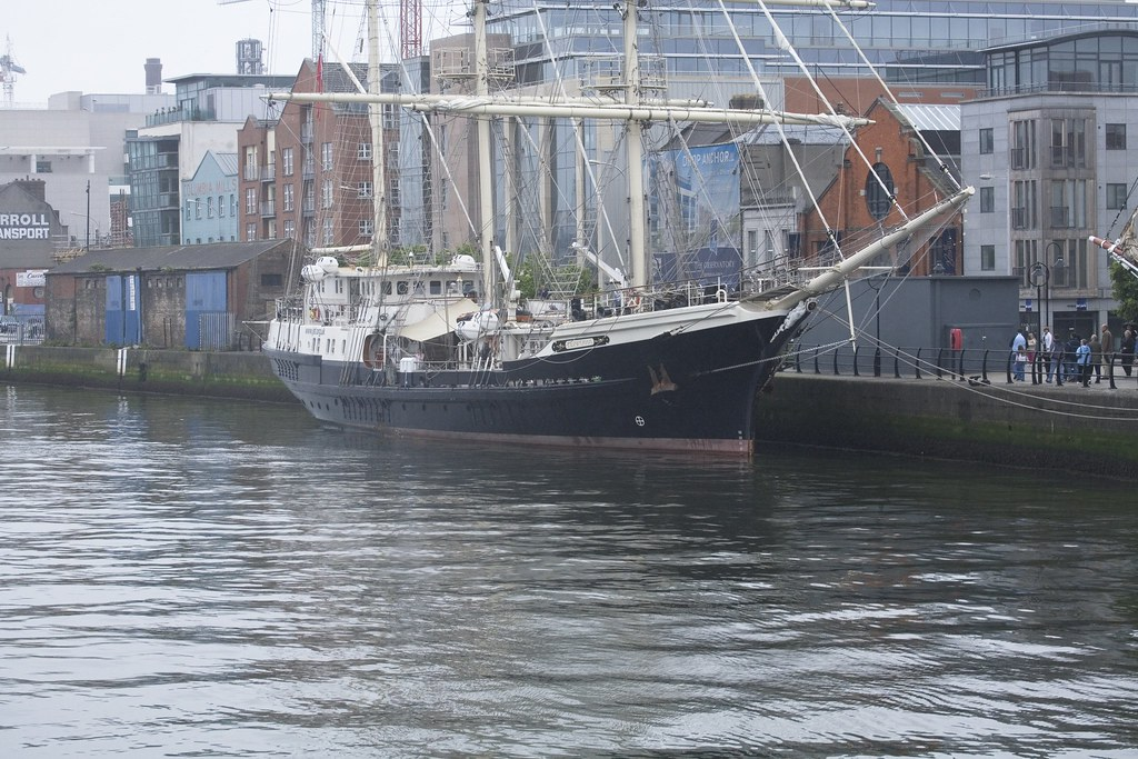 TALL SHIP VISITS DUBLIN