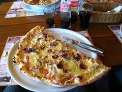grote pizza (metjor) Tags: pizza ema slovenië