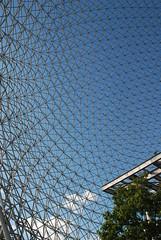 DSC_3116 (leonardo.bonanni) Tags: architecture design expo montreal steel exhibit structure exposition dome scaffold geodesic 67 fuller buckminster