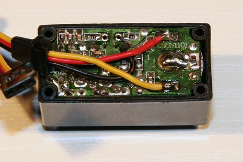 Servo Elektronik mit neuer Verkabelung