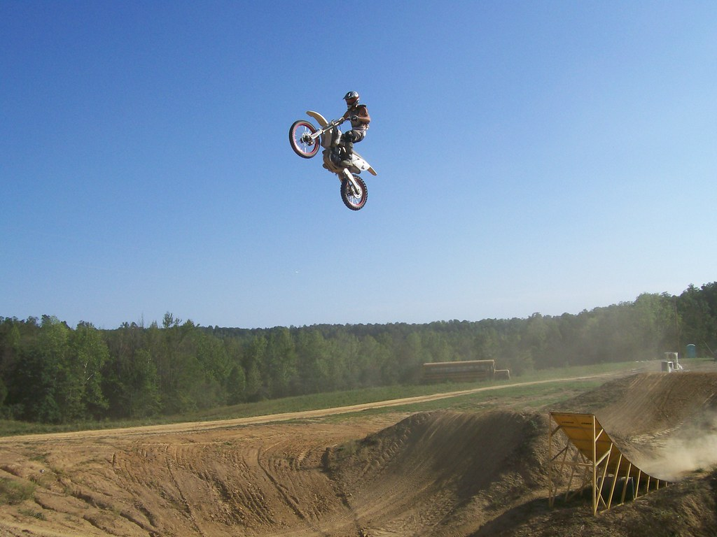 how to build a dirt bike jump