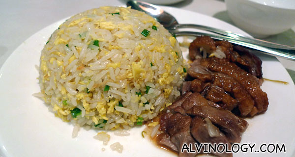 Shanghai fried rice with special sauce duck