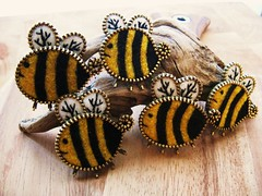 A bunch of wee bees... (woolly  fabulous) Tags: green wool yellow pin recycled brooch felt zipper ecofriendly