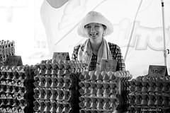 eggs, eggs, eggs. tamu putatan. (1davidstella) Tags: nikon market streetportrait kotakinabalu bazaar nikkor sabah tamu d300 85nn putatan 1davidstella 4tografie