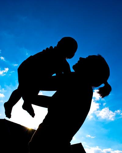 フリー写真素材, 人物, 親子・家族, 赤ちゃん, シルエット,