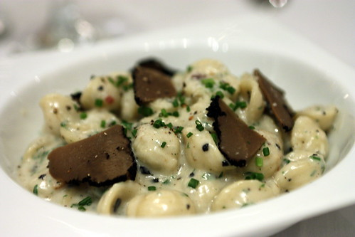Black Truffle Mac N Cheese