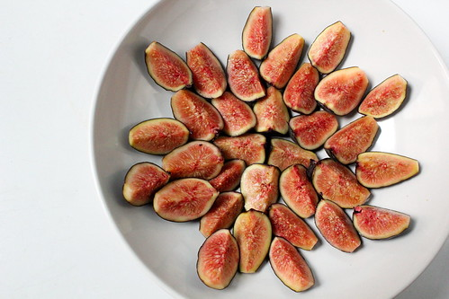 fig arrangement