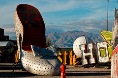 Las Vegas :: Neon Graveyard (Sam Rohn - 360 Photography) Tags: usa mountain southwest sign america shoe interesting lasvegas nikond70 nevada signage googie locationscouting neonboneyard neongraveyard locationscout silverslipper giantshoe filmscouting samrohn filmscout nylocationscom