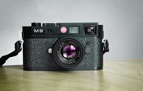 Leica M9 (camera porn)