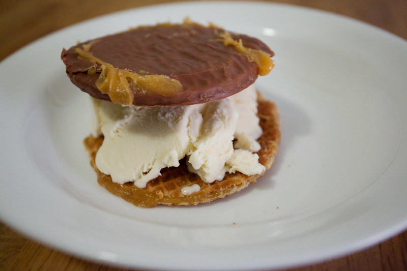 Ice cream sandwich w/ stroopwafels