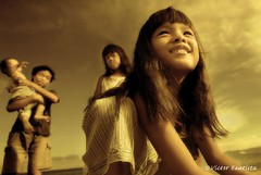 hope (Victor Bautista) Tags: beach smile sunrise children hope dawn twilight nikon asia emotion philippines victor resort shore d200 puertogalera bautista mindoro twtmeiconoftheday victorbautista pinoyphotographer impressedbeauty thebestyellow pinoyinhongkong hongkongphotographer victorphotography victorbautistaphotography