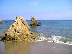 Rock, Water, Sky (djmyke13) Tags: ocean beach rocks elmatador