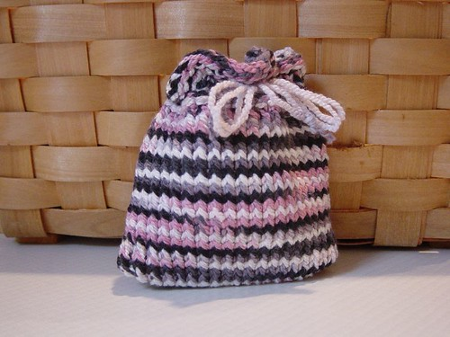 Quick loom knitted gift pouch knit Mama knit!