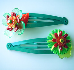Green, Red and Yellow Vintage Flowers Barrettes