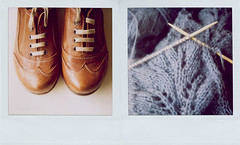 happy weekend!! (*Juliabe) Tags: film scarf polaroid sx70 knitting shoes lace knit newshoes instant dyptich ndfilter myeverydaylife diptico 600film timetoknitagain