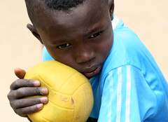 Portrait of a future soccer star? (cookiesound) Tags: life africa trip travel summer vacation portrait holiday travelling face childhood closeup kids canon children photography football kid eyes reisen fotografie leute child soccer urlaub thinking afrika senegal canoneos soccerball poeple reise facialexpression travelphotography traveldiary travelphotos reisefotografie faceexpression facecloseup travelshots reisefotos reisetagebuch portraitofpeople reisebericht travellifestyle childthinking cookiesound peoplethinking nisamaier ulrikemaier childplayingsoccer childintougths