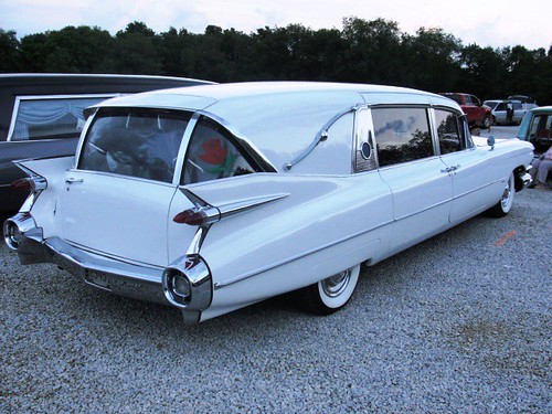1959 Superior hearse at the meet