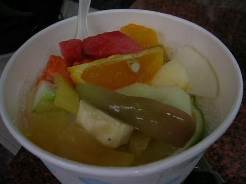 台南遊-莉莉冰果店綜合水果冰