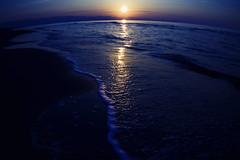 [フリー画像] 自然・風景, 海, ビーチ・砂浜, 夕日・夕焼け・日没, 日本, 201010251900