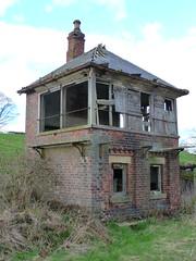 Signal box (seanofselby) Tags: castle station box railway barnard axe darlington signal broomielaw beeching