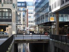 Neuer Wall (individual8) Tags: bridge june germany hamburg 2007 neuerwall