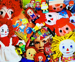 Raggedy Candy (boopsie.daisy) Tags: red color colors vintage toys colorful icons dolls vibrant famous adorable vivid books retro collection plushies popart stuff record multiple characters merchandise popculture stuffies ragdolls goodies variations figures cartoons radiant lots ragdoll collectibles memorabilia trinkets plaques novelties accumulation raggedyandy raggedyann dressupkit