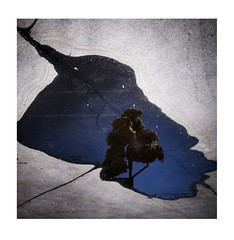 ... (f_lynx) Tags: street city blue color silhouette reflections dark square fun moscow 1x1 flynx