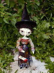 Lenora Lacewing (ladyartisan) Tags: sculpture halloween witch artdolls witches artdoll egads airdryclay tdic