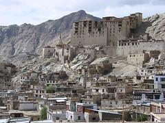 Crumbling Leh Palace (watchsmart) Tags: india palace leh