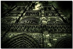 Notre Dame de Paris - France (sergio.pereira.gonzalez) Tags: city cidade paris france color colour church sergio clouds photoshop canon de la cathedral catedral iglesia ile ciudad cathdrale igreja nubes gonzalez notre dame nuage francia franca isla eglise hdr couleur ville cite photomatix 400d sergiopereiragonzalez