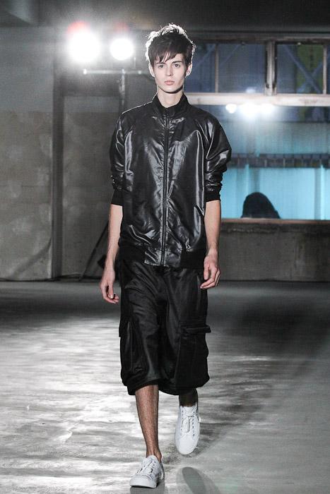SS11_Tokyo_Sise013_Shane Laver(Fashionsnap)