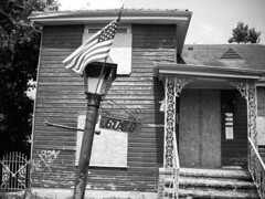 nola flag and house - bw