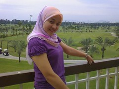 t2fb8 (jilbablover) Tags: friend hijab jilbab