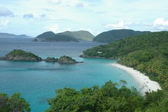 Trunk Bay II (cwgoodroe) Tags: ocean sea summer sun hot bird beach st john island islands bay cool sand ruins surf stjohn heat trunk hawksnest usvi trunkbay