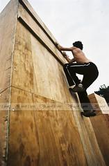 Marco Gomes praticando Parkour na Virada Esportiva em SP
