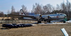 Soviet Tu-4 Monino (Danner Gyde) Tags: favorite museum plane airplane four fire fly russia moscow aircraft 4 wwii bull engines soviet ww2 russian tu 1945 coldwar worldwar2 rusland secondworldwar tupolev  yourfavorites monino madeinrussia  flyver 19391945 19411945 4engine andenverdenskrig fourengines 2worldwar flyvemaskine   tu4       3rome tredjerom   firemoteret