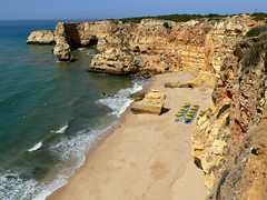 MARINHA, SOLID AS A ROCK (Andr Pipa) Tags: color textura praia beach portugal ilovenature sand scenery areia algarve cenrio cor albufeira falsia naturewonder 10faves topshots praiadamarinha 25faves maravilhanatural andrpipa goldstaraward worldwidelandscapes natureselegantshots flickrlovers panoramafotogrfico