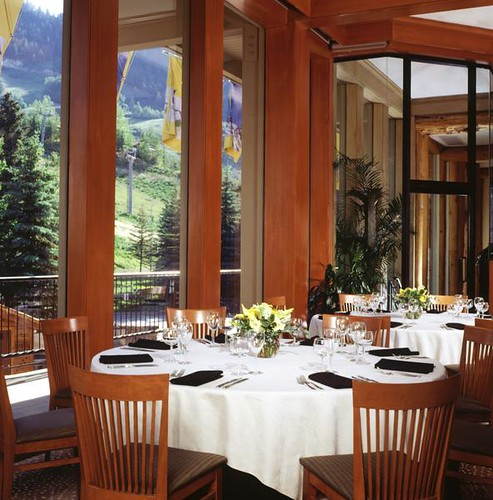 Aspen Hotel - The Sky Hotel