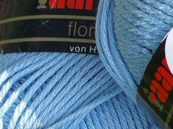 A nice look at the texture of the Swiss yarn