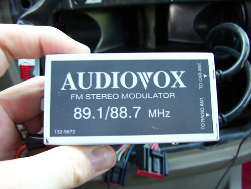 Aux In - Audiovox front