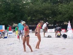 000_2318 (bdausse) Tags: beach champdemars volley beachvolley2007