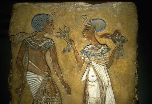 Esc-Egip~F6.SEMENKARE Y MERITATEN. XVIII DINASTÍA. HACIA 1335.  MUSEO EGIPCIO.BERLÍN. por lyceo_hispanico.