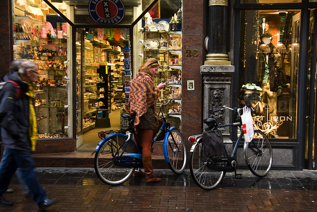 Amsterdam Cycle Chic - Marleen Moment