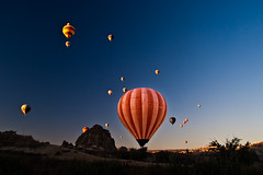 Almost like a light bulb (Photos On The Road) Tags: panorama sunrise turkey alba hotairballoons cappadocia cavusin turchia mongolfiere pentaxart lpbest2010