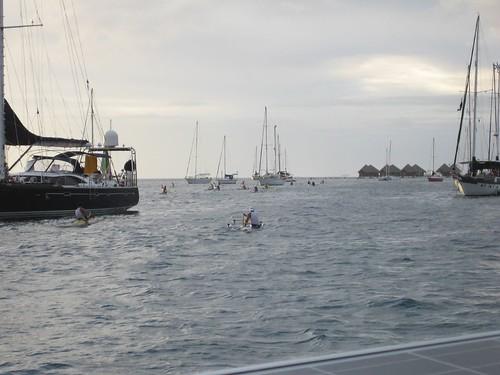 racing canoes tahiti