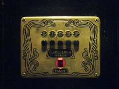 (sir johnson & the queen) Tags: red black berlin alarm iii elevator 19thcentury ii e hybrid iv friedrichshain artnoveau achtung halt frankfurterallee turnofthecentury i flohr fa40 carlflohr