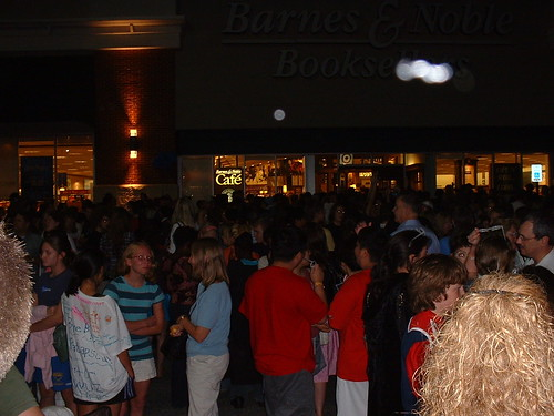 The scene outside Barnes & Noble