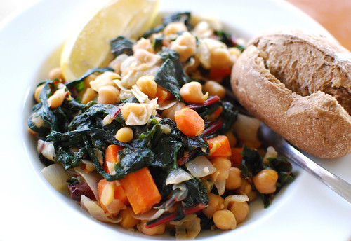 Sicilian Greens and Chickpeas